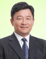 鄧達明律師-iva